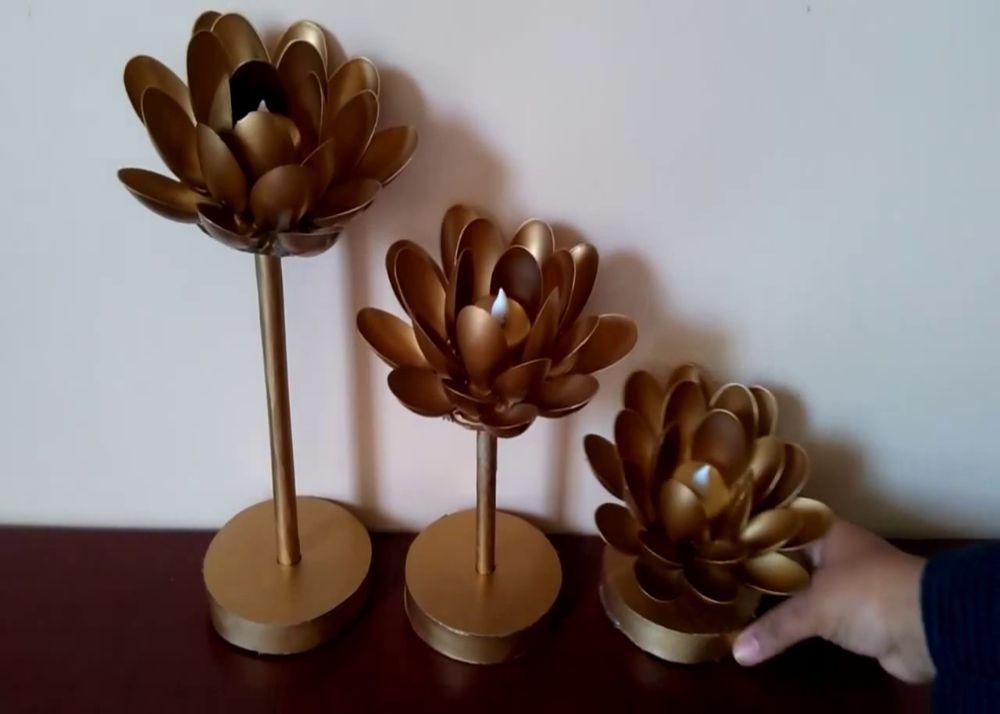 Spoon Lotus
