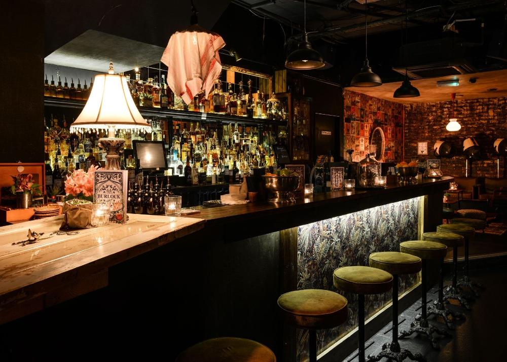 Burlock cocktail bar and club