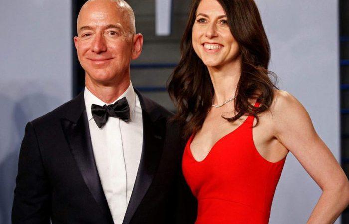 Jeff-Bezos-Lauren-Sanchez