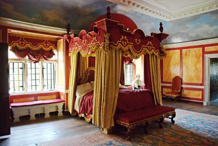 Queen Bedroom U.K