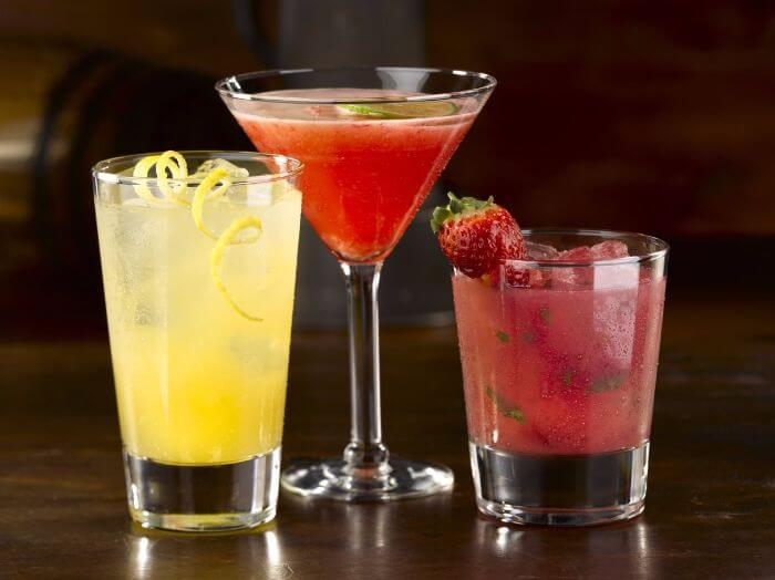 avoid sugar drinks while having alcohol